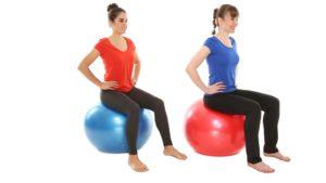 Gymnastik auf dem Pezziball